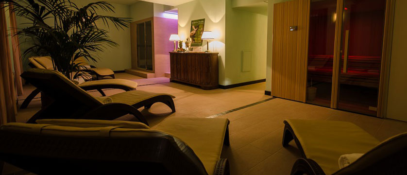 Grand Hotel Tamerici Principe, Montecatini, Italy - relaxation spa area.jpg